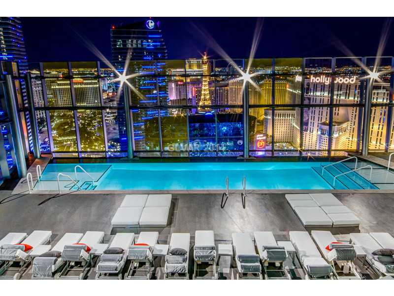 veer-towers-condos-rooftop-pool